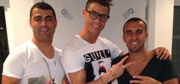 Cristiano Ronaldo im Urlaub mit Freunden