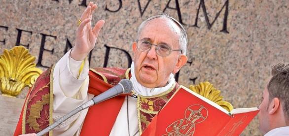 Papa Francisc oferă chirie româncei