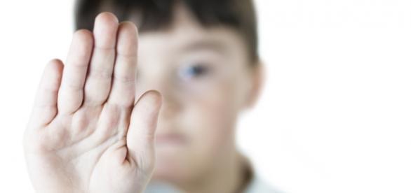 O romanca si-a abuzat proprii copii