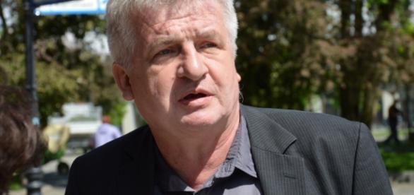 Piotr Ikonowicz, lewicowy polityk i publicysta.