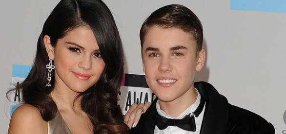 Selena Gomez gosta do novo visual do ex-namorado