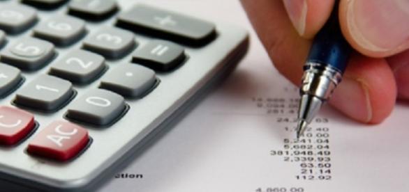 46% dos brasileiros não controlam o orçamento