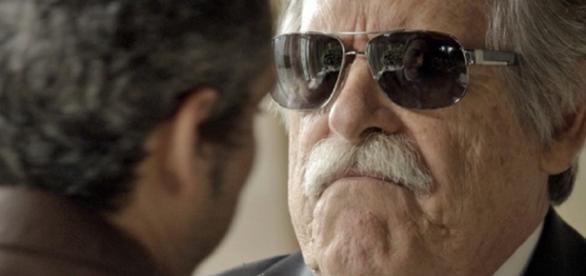 Gibson teme que Romero conte quem é o Pai