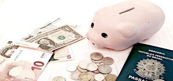 Como conseguir dinheiro na viagem