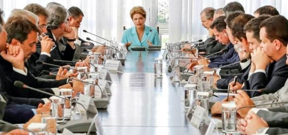 Dilma em encontro com governadores