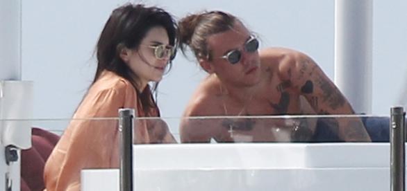 Harry Stylese Kendall não estariam namorando