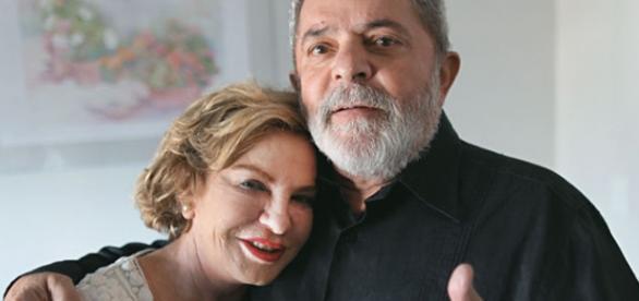 Lula e Marisa são criticados no Twitter