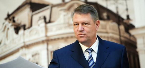 Iohannis sustine alegerile in doua tururi