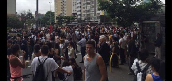 Manifestantes exigem revogação de tarifa