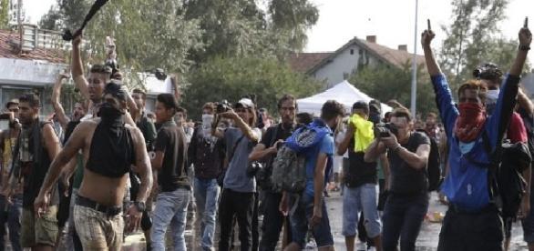 Refugiații din Germania au îngrozit femeile