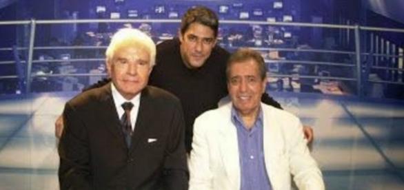 Berto Filho (extrema direita) Bonner e Cid Moreira