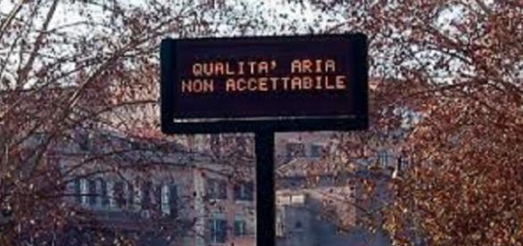 Blocco del traffico a Roma (foto da municipioroma)