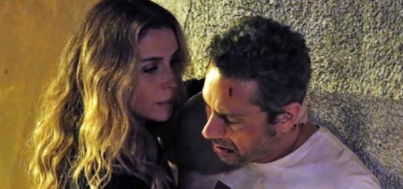 Atena se arrisca mais uma vez para salvar Romero