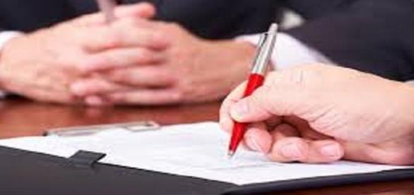 Compagnia di assicurazione e clausole ambigue