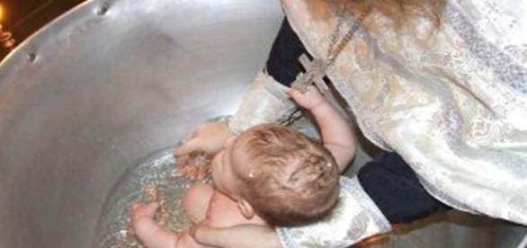 Botezul copiilor va exista întotdeauna