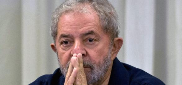 Lula e esposa foram intimados a depor.