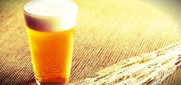 A cerveja é consumida há mais de cinco mil anos.