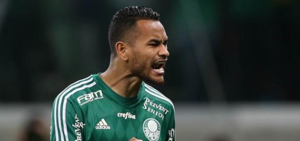 Jackson, zagueiro do Palmeiras