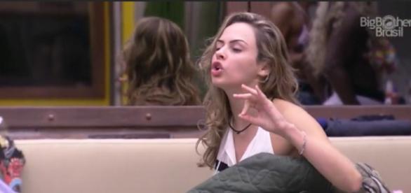 Ana paula revoltada (Reprodução/Globo)