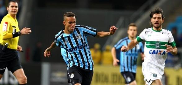 Grêmio e Coritiba se enfrentam em Porto Alegre