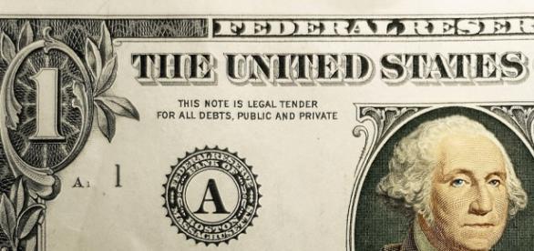 O dólar sobe indicando falta de confiança.