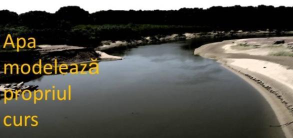 Teoriile referitoare la meandrele apei cad!