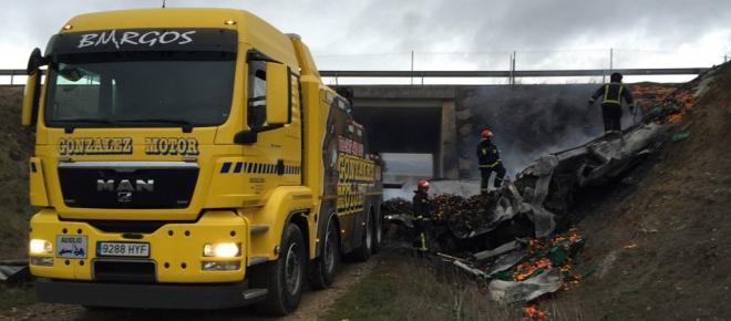 Camião em chamas mata dois portugueses em Espanha