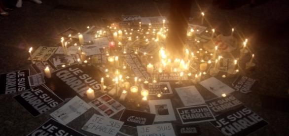 Charlie Hebdo, nada mudou um ano depois.