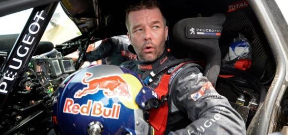 Loeb gana y lidera el Dakar con comodidad