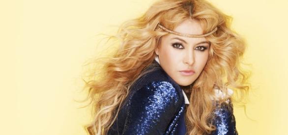 """Paulina é chamada de """"La Chica Dorada"""""""