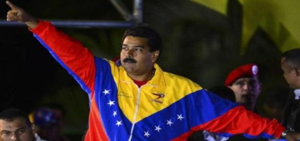 Oposição planeja tirar Maduro até Julho