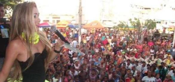 Carla Verde pivô do ciumes de Ivete Sangalo