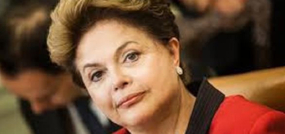 Dilma conversa com jornalistas no Planalto