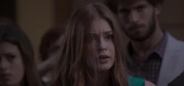 Eliza é presa depois de ganhar concurso