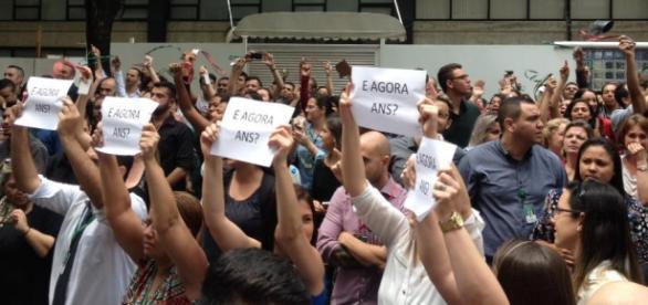Ex-funcionários Unimed Paulistana sem rescisão