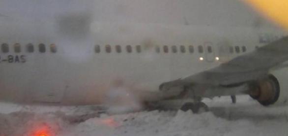 Un avion a ieşit de pe pistă la Cluj