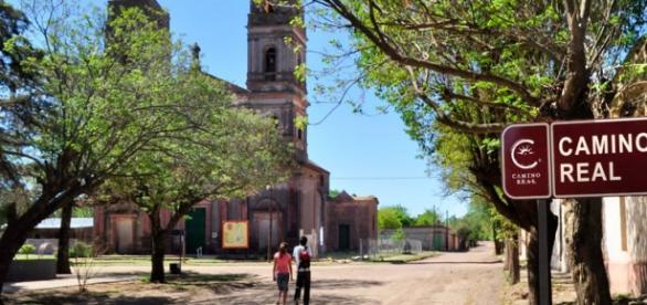Capillas y posta entre Buenos Aires y Lima-Perú
