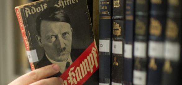 """Prawa autorskie do """"Mein Kampf"""" wygasły"""