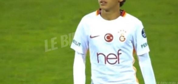 Sport national | Turquie: Galatasaray lance un joueur de... 14 ans ! - bienpublic.com