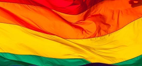 Pesquisa do Senado mostra amplo apoio à criminalização da homofobia