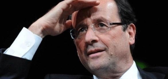 François Hollande vois les Françaises musulmanes à l'horizon... lointain