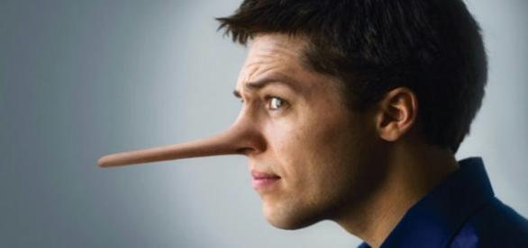 Responda rapidamente: Quem mente mais, o homem ou a mulher?