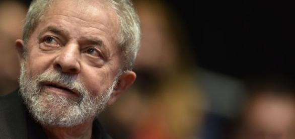 Assessoria de Lula compara Operação Lava-Jato a humorístico