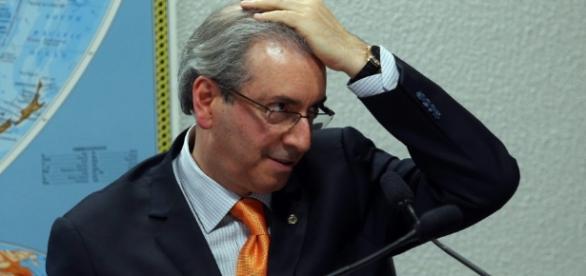 Defesa de Cunha diz que ele não mentiu sobre contas na Suíça -