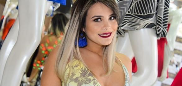 Geisy pretende gastar R$ 200 mil em novas plásticas