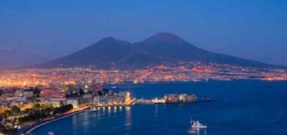 Il Vesuvio è il maggior problema di sicurezza del Paese. Una eruzione violenta coinvolgerebbe 3 milioni di persone a causa della densità abitativa