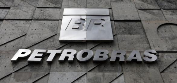 Petrobras anuncia redução dos valores da gasolina e do diesel