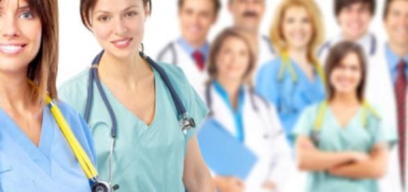 Concorsi e offerte di lavoro assistente sociale oss for Assistente alla poltrona offerte di lavoro