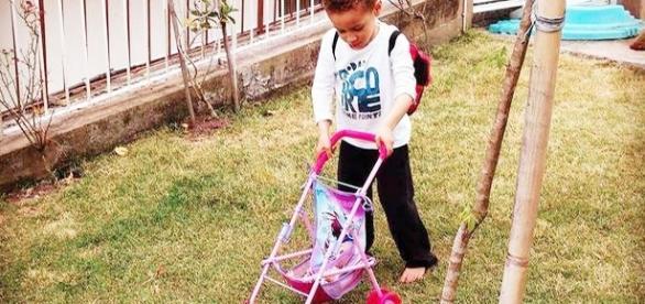 A ex-deputada Luciana Genro criou uma enorme polêmica depois de oferecer um presente no Dia da Crianças