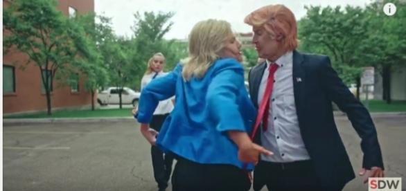 """""""Clinton"""" und """"Trump"""" tanzen gegeneinander"""